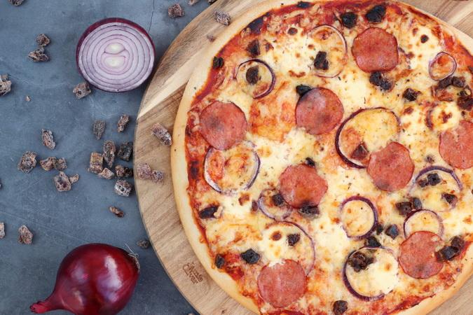 Pizza með döðlum