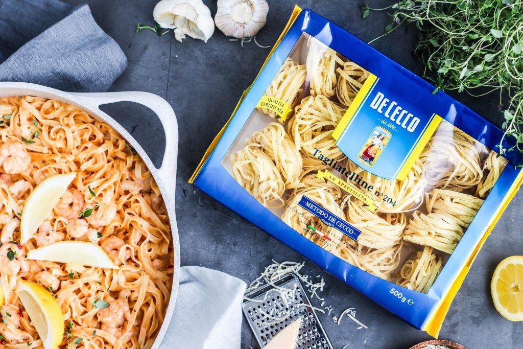 De Cecco Tagliatelline with chilli, tiger prawn and lobster