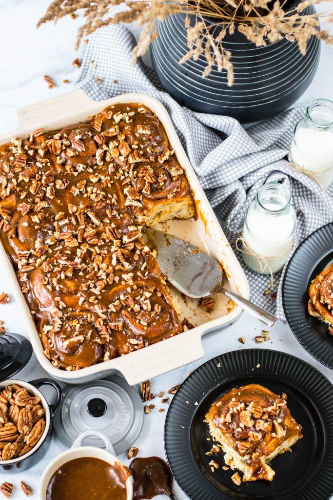 Cinnabon snúðar með karamellu og pekanhnetum