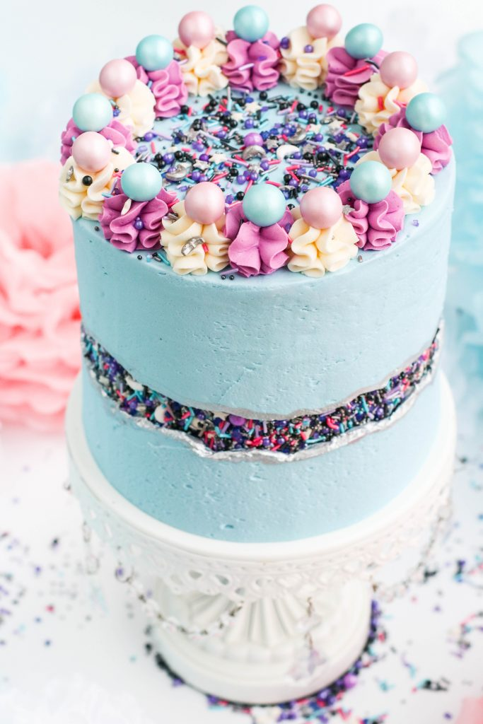 Frozen cake and Frozen birthday theme