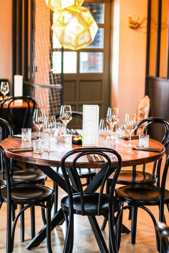 Viðvík restaurant á Hellissandi, sushi, tempura þorskur, önd, pulled pork borgari og dásamleg þjónusta. Restaurants in Iceland and Snaefellsnes.