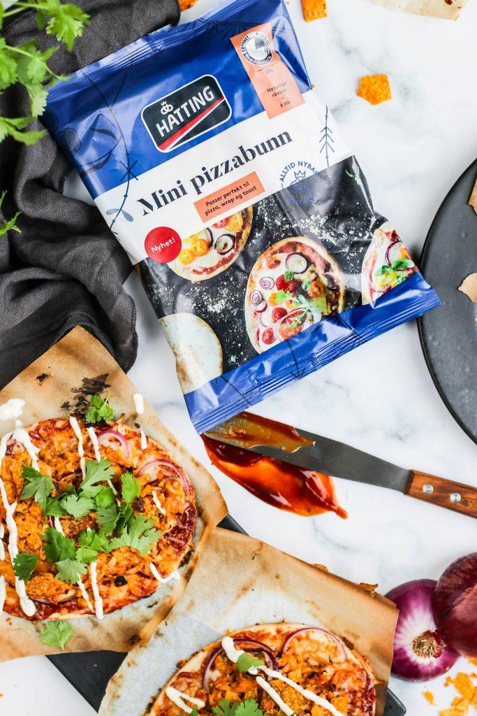 BBQ pizza með kjúkling á grillið með mini pizzabotnum frá Hatting