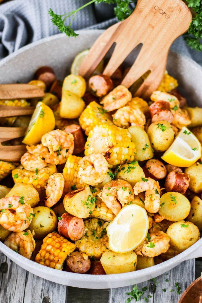 Shrimp boil foil pack eða rækjur á grillið, hreinn partýmatur með Tígristækjum frá Sælkerafiski