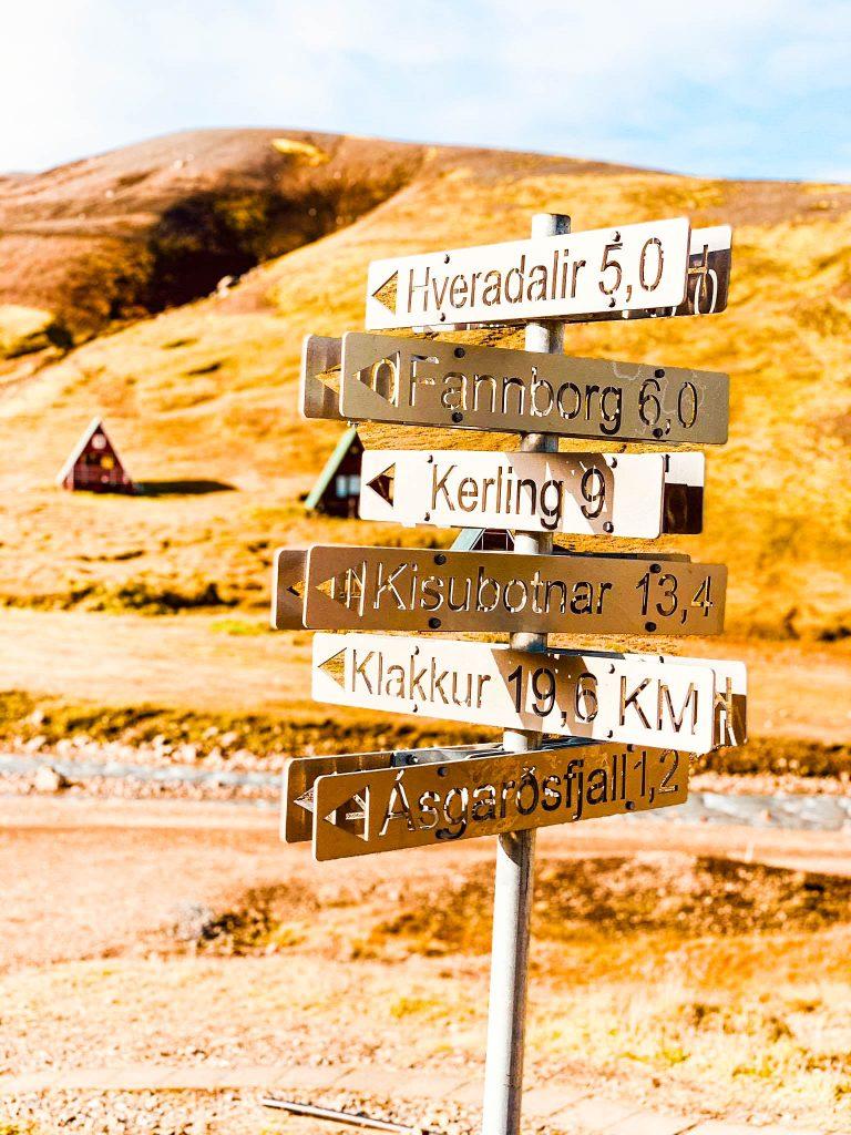 Ganga í Kerlingarfjöll, Snækollur, Loðmundur, Fannborgin með Fjallhalla Adventures