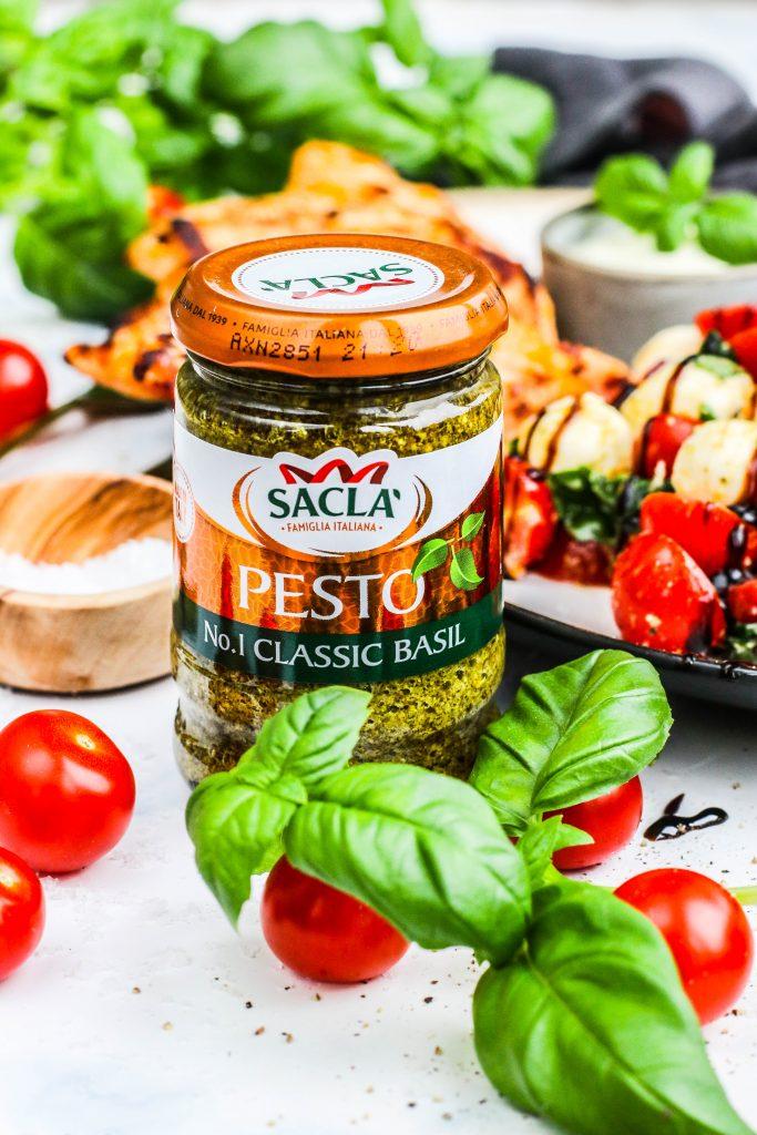 Sacla pestó í salatið