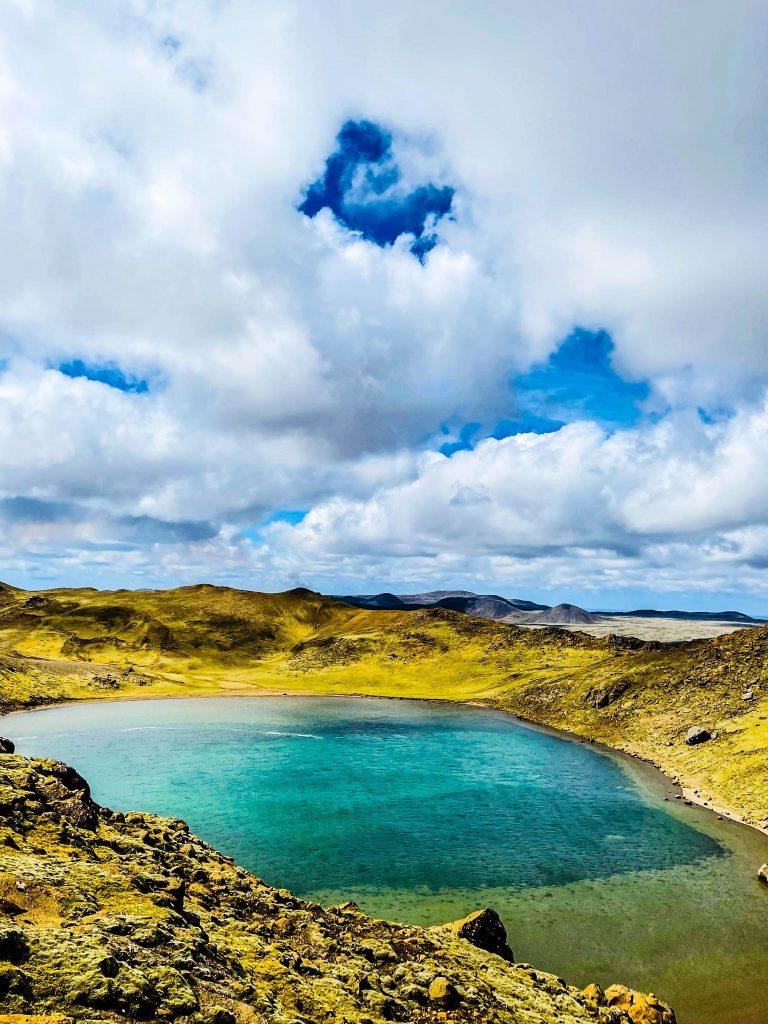 Spákonuvatn á Reykjanesi