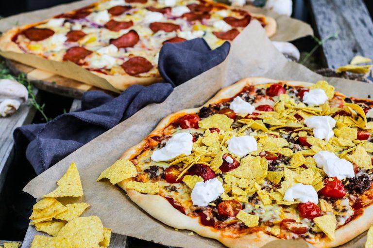 Tacopizza með hakki og snakki