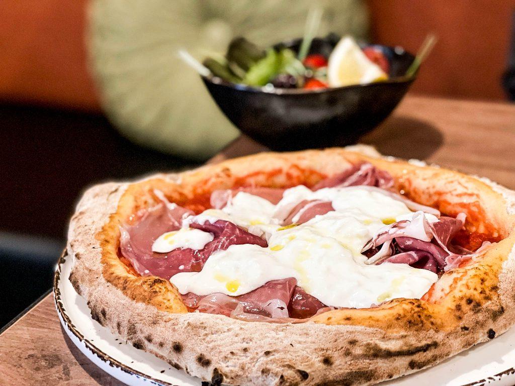 Glóð veitingastaður ítalskar pizzur á Egilsstöðum